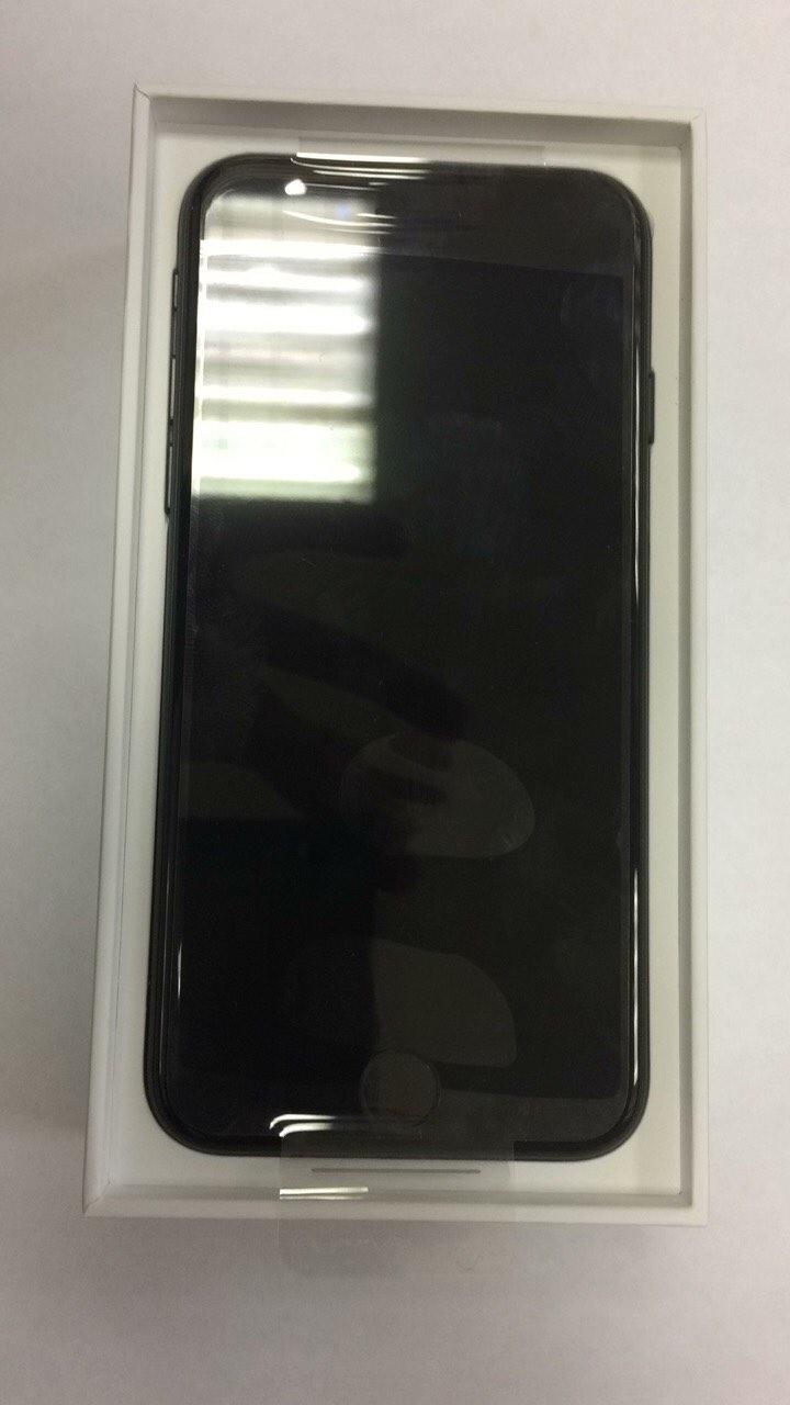 Apple iPhone 7 128GB Black (чёрный) Официальная замена