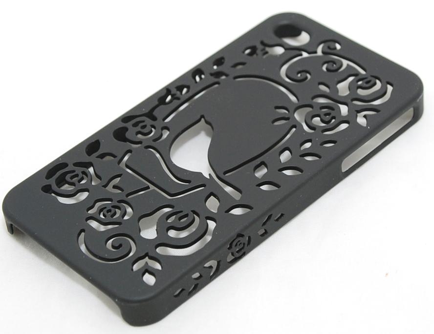 Чехол пластиковый PIVOT My little garden для Apple iPhone 4 / 4S черный