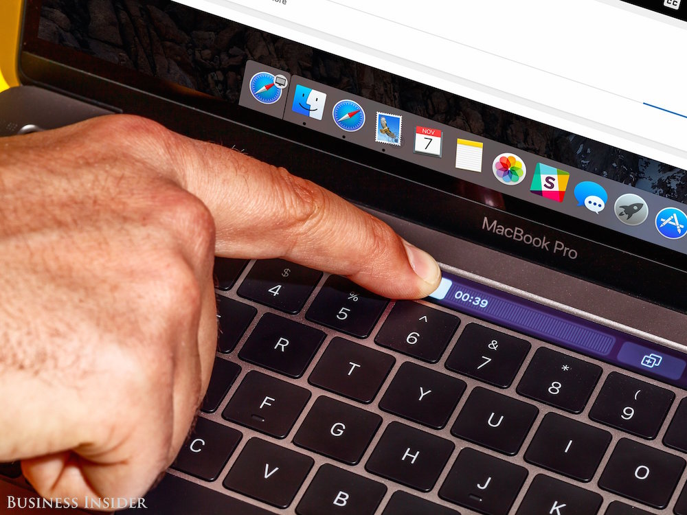 Apple Macbook Pro 2016 touch bar